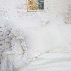 Plum Bedding, Ruffle Bedding, White Bedding, King Size Quilt, Queen Quilt, Luxury Duvet Covers, Luxury Bedding, Modern Bedding, Single Quilt