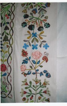 Quiltsmith Australia: New Class - Auntie Green's Floral Applique Coverlet