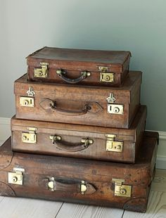 Vintage Suitcases; I would definitely decorate my house with vintage suitcases