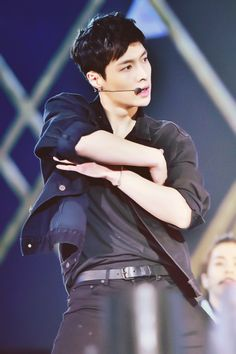 Lay, lookin at your picture is like a better workout for my heart than running-.-