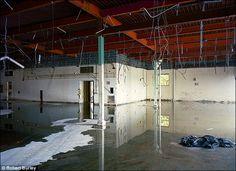 さらば銀塩時代、次々と閉鎖されるフィルム製造工場を追いかけたドキュメンタリー写真集 - DNA