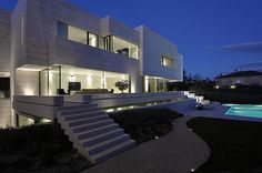 house in Madrid / a cero