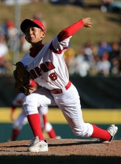 How to Strengthen Your Pitching Arm for Little League Baseball Dugout, Baseball Tips, Baseball League, Baseball Hitting Drills, Baseball Training, Sports Training, Athlete Workout, Princess Disney, Disney Princesses