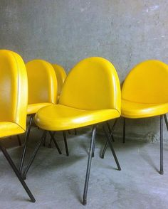 Six chaises 771 de Joseph-André Motte, édition Steiner, 1957-1958. Six chairs 771 by Joseph-André Motte, Steiner, 1957-1958. #josephandremotte #motte #steiner #design #vintage #decor #interior #designer #interiodesign #decoration #modern #furniture #midcentury #midcenturymodern #vintagedecor #vintagefurniture #modernist #midcenturyfurniture #designfrancais #frenchdesign #frenchdesigner #frenchfurniture #frenchmodern #fifties #1950s #1950 #50s