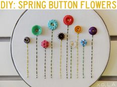 Button Embroidery Hoop Art: Embroidery hoop art is all the rage. Source: Freckled Nest