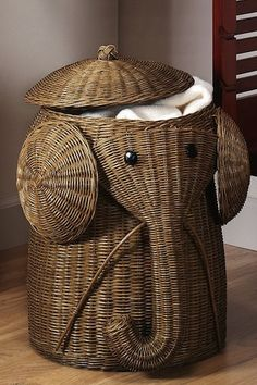 Elephant dirty laundry basket