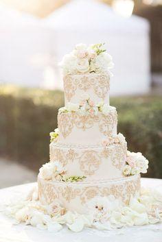 bolos-de-casamentos-com-flores-naturais-3
