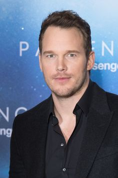 Chris Pratt  attends the 'Passengers' Paris Photocall at Hotel George V on November 29, 2016 in Paris, France.