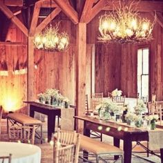 A rustic Southern affair with burlap, mason jars, and babys breathe at Charleston's Boone Hall