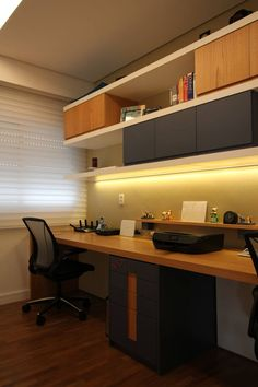 Home Office Designs - Home offices are now a norm to modern homes. Here are some brilliant home office design ideas to help you get started. Home Office Setup, Home Office Design, Home Interior Design, Exterior Design, Home Office Furniture Design, Interior Sketch, Interior Plants, Modern Exterior, Interior Doors