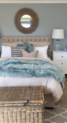 Coastal bliss Bedroom Themes, Bedroom Colors, Bedroom Inspo, Bedroom Decor, Bedroom Ideas, Coastal Master Bedroom, Nautical Bedroom, Beach House Bedroom, Beach Condo