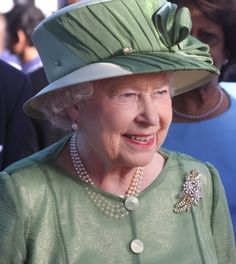 elizabethii:    Her Majesty arrives in Trinidad and Tobago's capital, Port of Spain, on 26th November 2009, ahead of the Commonwealth Heads of Government Meeting.