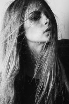 Black And White Fashion Girl Cara Delevingne Model Photography - Bing Images Cara Delevingne, People Photography, Portrait Photography, Fashion Photography, Photography Ideas, Black And White Girl, How To Pose, Models, Pretty People
