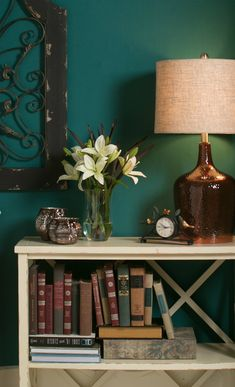 Love the console table, a perfect place to put your nick knacks.