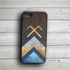 Jumis design iPhone 5/5s case Jumja zīme case by KaladuDesigns #Latvia #symbols