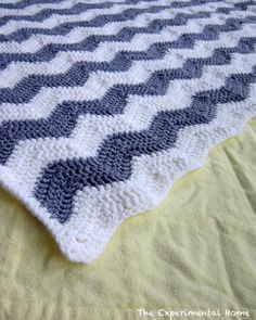 Chevron Crochet Baby Blanket - and a general information on how to do chevron, which I think looks quite pretty.
