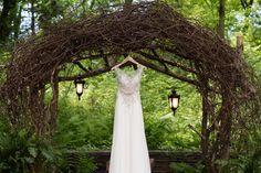#weddings #bride #weddingdress #details #outdoor #umbrellastudios #photographer #photo #weddingideas