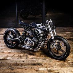 Bull Run — bikebound: Whoa! Suzuki GSX1100 by...