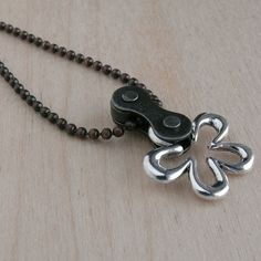 bicycle chain flower necklace