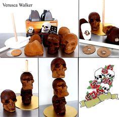 Step-by-step Skull Cake by Verusca.deviantart.com