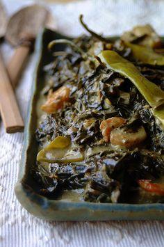 Inday's Kitchen : Kuzina ni Inday: Laing Recipe/Ginataang Gabi/Gabi Leaves with Coconut Milk Filipino Vegetable Recipes, Filipino Recipes, Asian Recipes, Laing Recipe, Filipino Dishes, Filipino Food, Les Philippines, Vegan Sushi, San Pablo