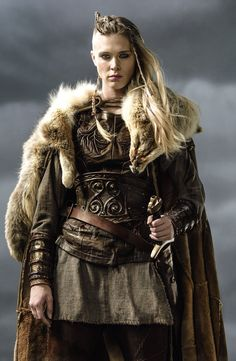 Vikings, Porunn - I haven't seen season 3 yet, but she got awesome! Wish I was brave enough to do that to my hair! viking warrior vikings champions norse winter is coming