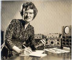 Daphne Oram, fondatrice du BBC Radiophonic Workshop, en 1962