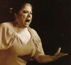 LA PAQUERA DE JEREZ (1934 – 2004). Francisca Méndez Garrido. Cantaora andaluza de flamenco. Con una voz especialmente timbrada, potente, gitana y clara, y mucha pasión, cantó todos los palos...
