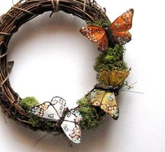 Woodland Butterfly Wreath with Moss. My Bestie loves butterflies, I've got to make her one of these!