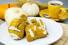 A Yummy Breakfast or Afternoon Snack fem Jessa Duggar --Pumpkin Pecan Scones  http://thestir.cafemom.com/food_party/185640/10_duggar_family_favorite_recipes