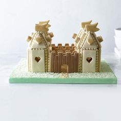 GINGERBREAD HOUSE~fairy gingerbread castle
