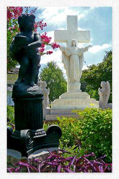 Presley Family Plot Monument  Graceland  - Memphis Tennessee