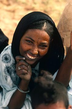 Africa | Tuareg woman at the 'Cure Salee' or 'Festival of the Nomads. In-Gall, near Agadez, Niger. | ©Michel Renaudeau