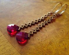 Red garnet czech beaded necklace czech ruby necklace ruby red necklace red necklace vintage look red czech glass necklace garnet necklace -Langen roten Kristall Ohrringe lange rote Ohrringe rote Source byThis post was discovered by TC Ruby Earrings, Bead Earrings, Crystal Earrings, Crystal Jewelry, Ruby Crystal, Cartilage Earrings, Diamond Earrings, Red Jewelry, Beaded Jewelry