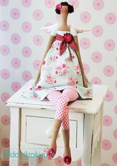 Цветочный ангел тильда - бесплатная выкройка куклы в натуральную величину.