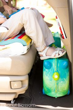 Road trip sanity savers for parents- lots of great ideas!~