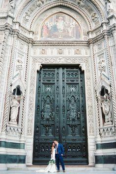 Destination Wedding Fine Art Photographers in Italy Art Photographers, Italy Wedding, Amalfi, Barcelona Cathedral, Florence, Venice, Rome, Destination Wedding, Louvre