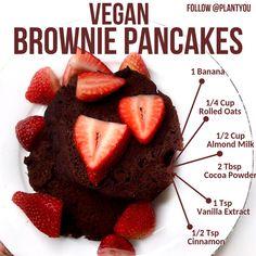 Vegan Brownie Pancakes Delicious chocolate vegan pancakes perfect for breakfast and meal prep!Delicious chocolate vegan pancakes perfect for breakfast and meal prep! Vegan Breakfast Recipes, Vegan Recipes, Snack Recipes, Cooking Recipes, Meatless Recipes, Drink Recipes, Vegan Treats, Vegan Foods, Vegan Desserts