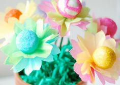 Flower cake pops - I love this idea!