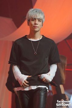 SHINee Jonghyun~ Odd Eye Special Stage Pic. Belongs to SM Ent. No copyright infringement intended lol