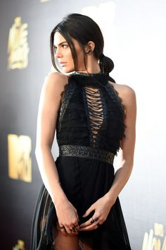 Kendall Jenner attends the 2016 MTV Movie Awards http://celebs-life.com/kendall-jenner-attends-the-2016-mtv-movie-awards-in-burbank/  #KendallJenner