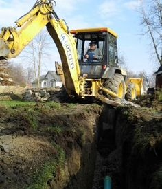 Services: Backhoe Work, Demolition And Removals, Fill Dirt, Grading, Foundations, Trucking And Hauling, Site And Plat Work,Sewer Systems, Drain Systems Cleaning, Septic System Installation, Underground Utilities, Lot Clearing Septic Tank Installation