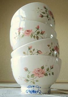 Set of 4 hand painted rosebud bowls