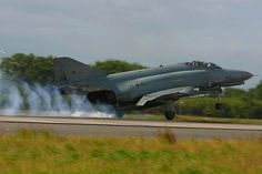 "The last of the Luftwaffe's Phantom force are being retired at a special ceremony on 29 June 2013. Luftwaffe Phantom F-4F JG 71 Richtofen , Wittmund.JG 71 was also the first to start flying the F-4 in March 1974. The first copy of an F-4E was delivered in 1973, it was 37 of 01 who had received a special livery for the occasion. A total of 263 ""Phantom"" were acquired by Germany, including 88 in the pattern recognition RF-4E in 1971."