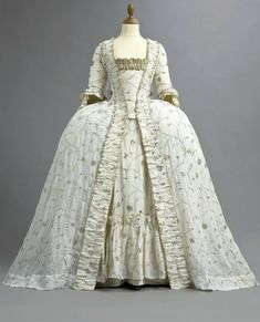 1770s Embroidered court gown (auctioned by Christie's) from the front | Grand Ladies | gogm