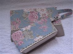 Zip top pouches - large and small - bag organisation - floral design by Rosiepusscrafts on Etsy