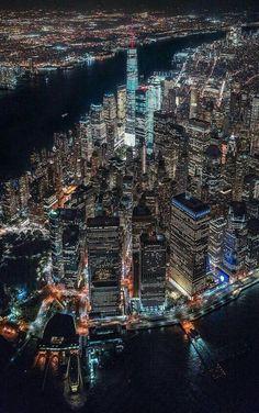 Manhattan New York Empire State Building, Manhattan New York, Places To Travel, Places To See, Photographie New York, New York City, Ellis Island, City Wallpaper, City Aesthetic