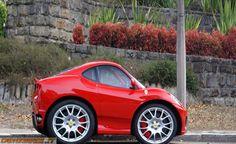 Micro Ferrari 430, http://www.daidegasforum.com/forum/foto-video-4-ruote/503294-mini-car-macchinine-2.html