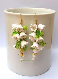 Flower Earrings Flower Jewelry White Flowers Lily by insoujewelry