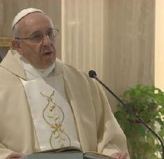 La salvación ni se compra ni se vende, explicó hoy el Papa Francisco. No podemos salvarnos por nosotros mismos porque la salvación es un reg...